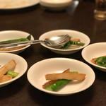 中国酒家 大三元 - マコモダケとアスパラの炒め物
