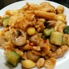 豫園 - 料理写真:鶏肉の辛し炒め