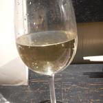 お好み たまちゃん - グラス白ワイン