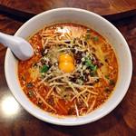 酔東坡 - 料理写真:「紅のスープ担々麺」950円