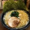 濱虎家 - 料理写真:豚骨醤油ラーメン / 680円