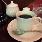 ローヤル - ブレンド500円 多分全席喫煙OKという、純喫茶ならでは