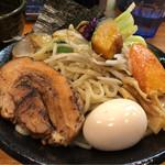 土竜 - 土竜つけ麺 980円。