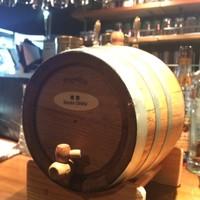 樽熟成自家製燻製ウィスキーをはじめ(豊富なドリンク)