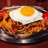 俺たちのナポリタン - 料理写真:俺のナポリタン(¥750)+赤ウィンナー(¥100)