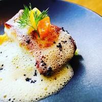 calme - 真鯛のポアレブラッドオレンジのソース