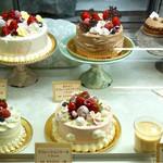 アニバーサリー - デコレーションケーキ