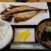 泊気 - 料理写真:2017.02 アジ開き定食(650円)どんぶりサイズのおそば付き