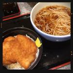 小諸そば  - たれカツ丼セット 550円