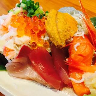 大須で唯一食べれる「海鮮のっけ寿司」