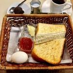 アロマ 珈琲 - ブレンドコーヒー+モーニングセット @500円