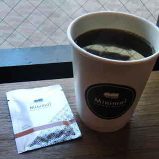 ミニマル  - ドリンク写真:ホットコーヒー