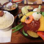 タケウチ - 煮込みハンバーグカレー膳850円