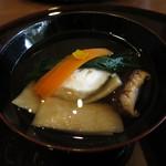 米倉 - お椀 ハタの真薯 庄内麩 椎茸炭火焼き
