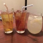 焼鳥○ - ドリンク写真:緑茶、ウーロン茶、生グレープフルーツサワー
