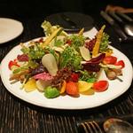 ラ・ボンヌターブル - 畑の味がするサラダ