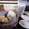 芭蕉庵 - 料理写真:白玉クリームあんみつときな粉牛乳