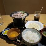 63090904 - 黒豚すき焼き定食 993円(2017年2月)
