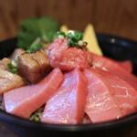 清水港 みなみ  - 2017年2月再訪:本日のおすすめ 生本鮪トロ丼 大トロ・中トロ☆