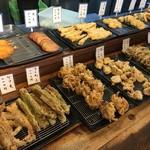 讃岐うどん大使 福岡麺通団 - 天ぷら系は110円均一