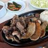 むてきの寅蔵 - 料理写真:TORAカルビ、中落ちカルビ、豚トロ