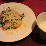 お野菜ビストロ うさぎ - サラダ+スープ