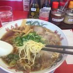 ラーメン魁力屋 - 特製醤油(大)背脂少なめ麺固め
