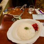珈琲西武 - 西武カレー 700円 + 大盛り 200円