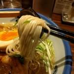 63197378 - 麺アップ