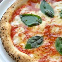 ダ・パスクワーレ - 一番人気はやはりイタリアンカラーのマルゲリータ