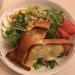 63235776 - Soup&SaladBread 1080円