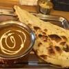 シルクロード - 料理写真:小エビのシーフードカレー、ナン