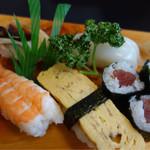 ゆたか寿し - 寿司6種