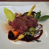 BISTRO DIA - 料理写真:北海道白糠産 エゾジカの背ロースのロースト 黒コショウ風味の赤ワインソース