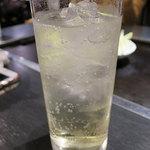 鉄板酒場 酔っ手羽 -