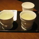 酒の九州 - 飲み比べ5勺×2種④と⑧ 1000円