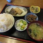 菊水 - 日替わり定食 ほっけみそ漬け(ご飯大盛り) 800円 (2017.1)