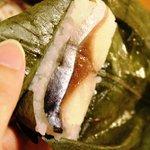 千寿亭 - 柿の葉すし 315円