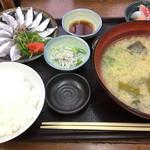 まるさん松本 - 太刀魚・半身は刺身で