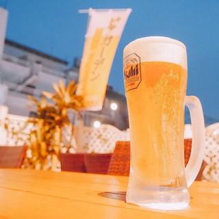 屋上ビアガーデンテラスで手ぶらでBBQ♪冷えた生ビール♪