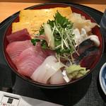 寿矢 - 料理写真:海鮮丼