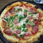 粉食や しろ - コルツァピザ1300円