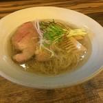 麺屋 一慶 - 料理写真:塩ラーメン(750円)