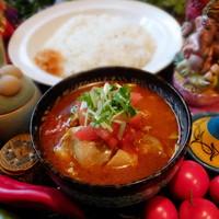 パンチマハル - 鶏もも肉とキャベツのさらさらチキンカレー