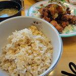 ごはん屋さん - 唐揚げの和風おろし(680円)+玄米ご飯(200円)