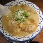 三代目ねかし - ・「鶏ガラとんこつ醤油ラーメン(¥700)」