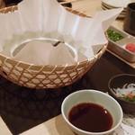 とらふぐ亭 - 河豚鍋は紙鍋