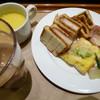 サンドッグイン 神戸屋 - 料理写真:カツサンドとチーズ系