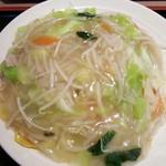 サウスヴィラ - タール麺 680円