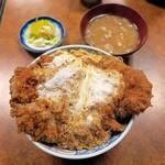とんかつ吉乃家 - 上カツ丼¥1100(お新香・みそ汁付)